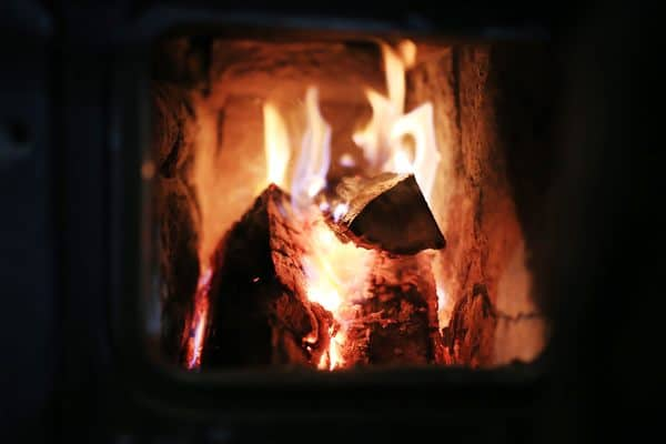 économiser argent feu cheminée