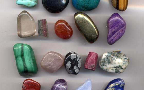 Collection de gemmes utiles en lithothérapie placebo